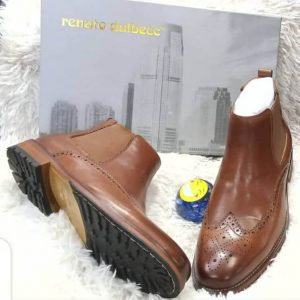 Renato Dulbecc Plain Leather Brown Brogue Boot